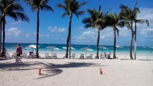 Co warto zabrać na wakacje (w podróż)